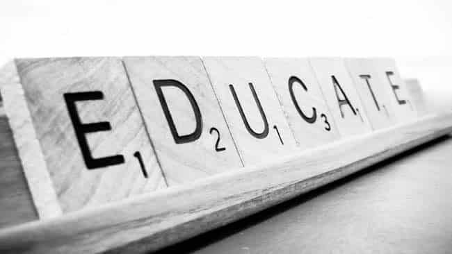 Contoh Pidato Singkat Tentang Pendidikan Indonesia