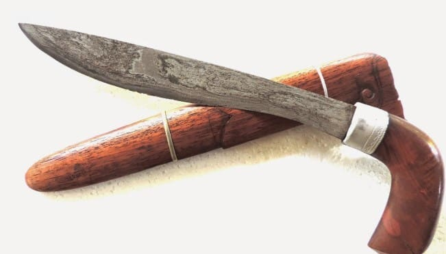 Senjata Tradisional Badik Raja