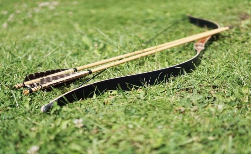 Senjata Tradisional Busur dan Panah