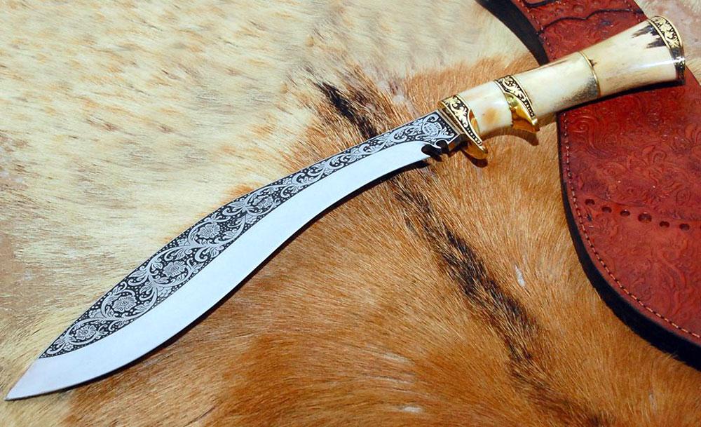 Senjata Tradisional Golok