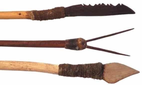 Senjata Tradisional Tombak
