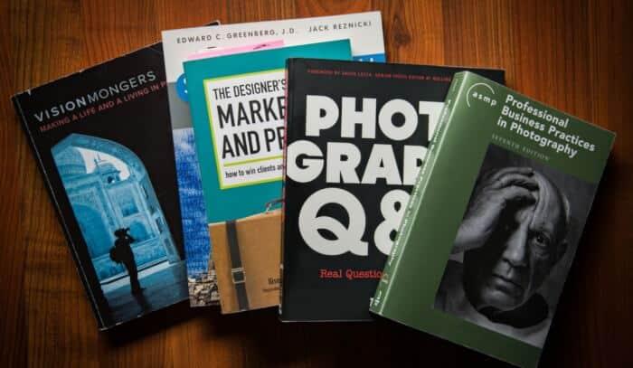 2. Contoh Resensi Buku Non Fiksi