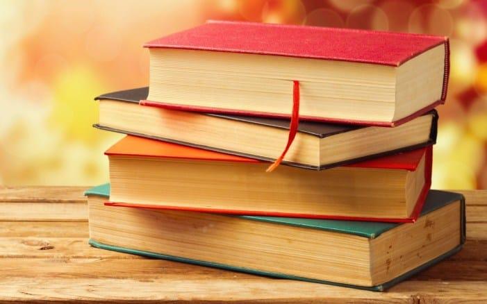 4. Contoh Resensi Buku Ilmiah