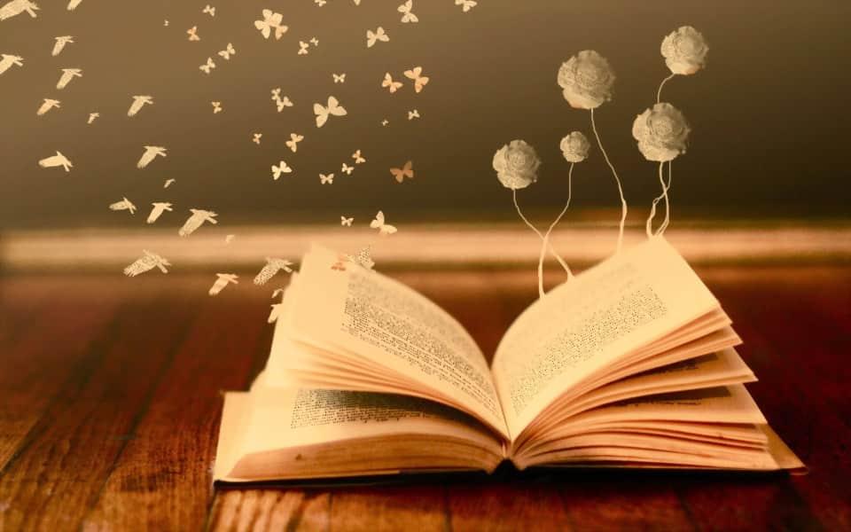 Manfaat Resensi Buku