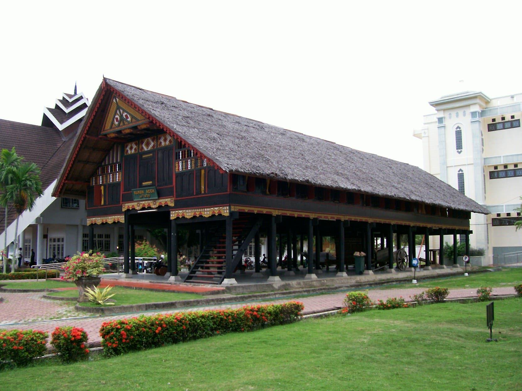 Desain Arsitektur Rumah adat Aceh