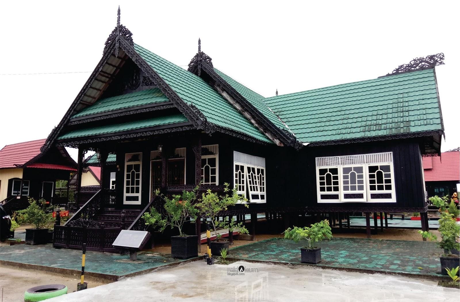 Rumah Baloy (Rumah Adat Provinsi Kalimantan Utara)