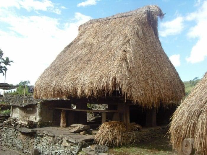Rumah Musalaki (Rumah Adat Provinsi Nusa Tenggara Timur)