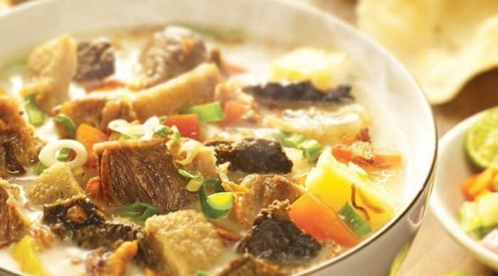 Soto daging Betawi