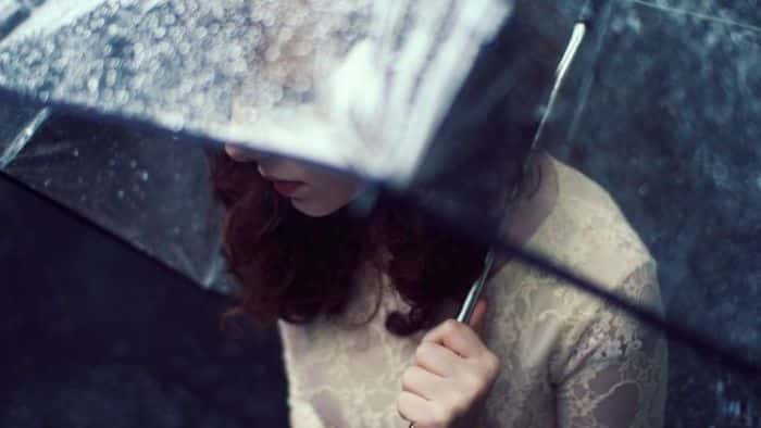 Gelisah Dalam Alunan Rintik Hujan