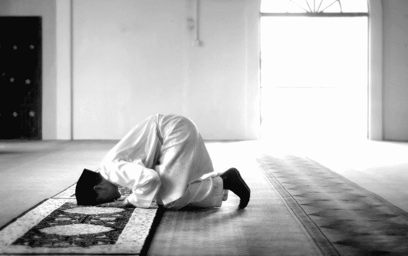 Keistimewaan Bagi Seorang Muslim yang Mendirikan Sholat Tahajud