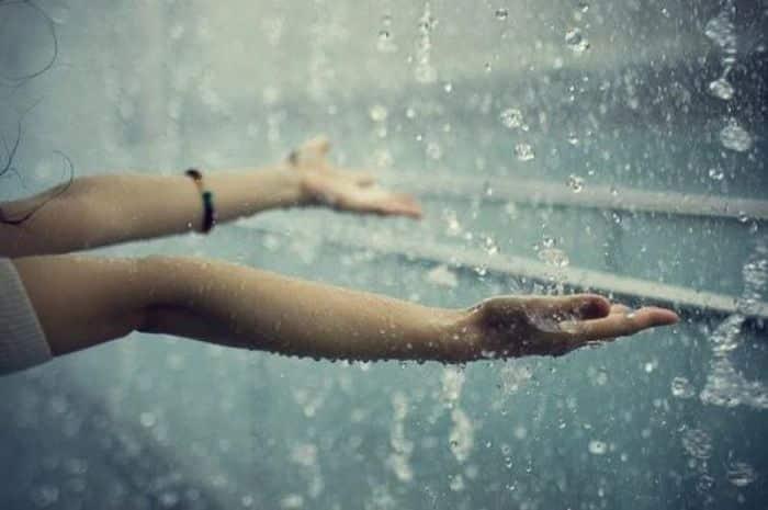 Musim Hujan Berselimut Duka