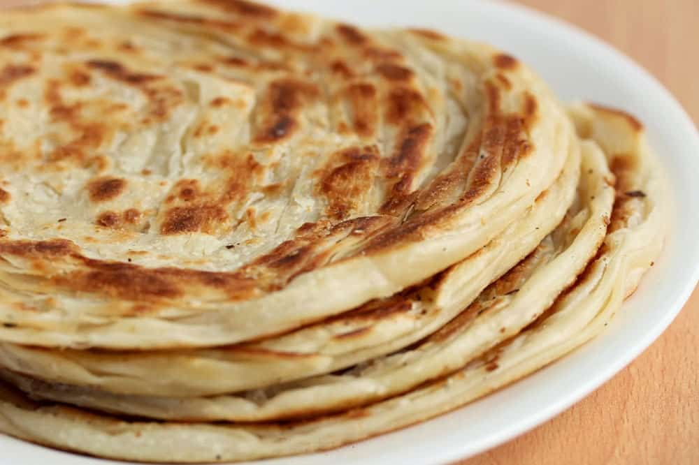 Pembuatan Resep Roti Maryam Dengan Kacang