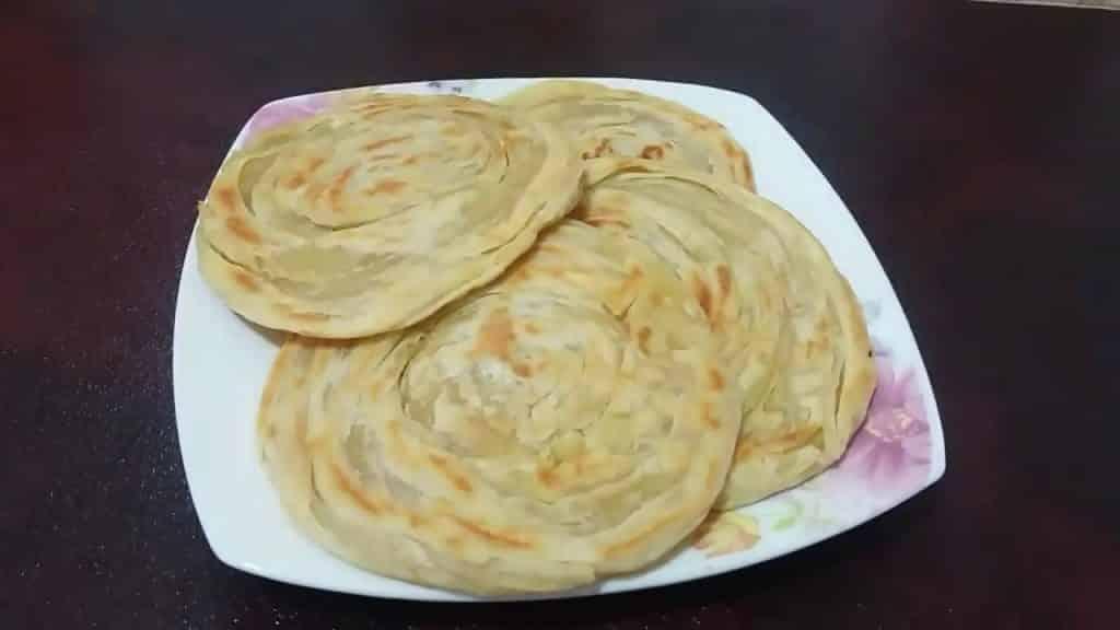 Pembuatan Resep Roti Maryam Dengan Pandan