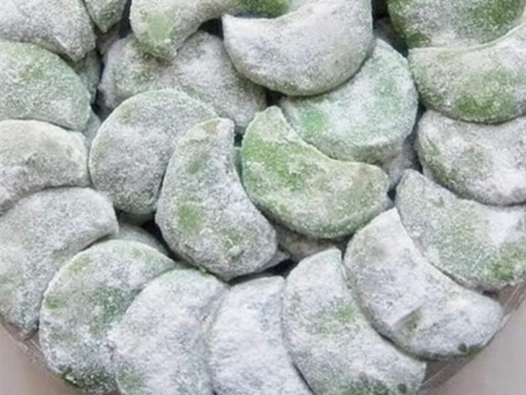 Resep Kue Putri Salju dengan Kacang Tanah