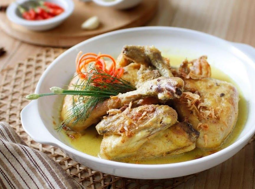 Opor Ayam Cabai Hijau