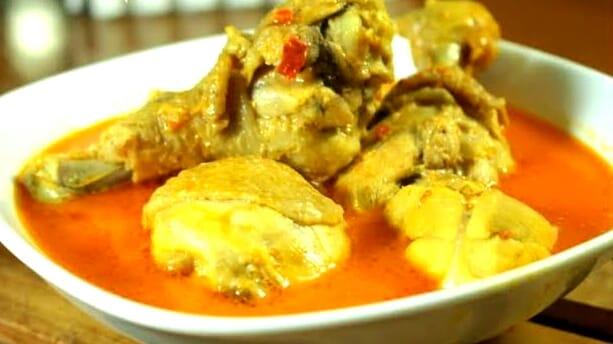 Opor Ayam Sederhana