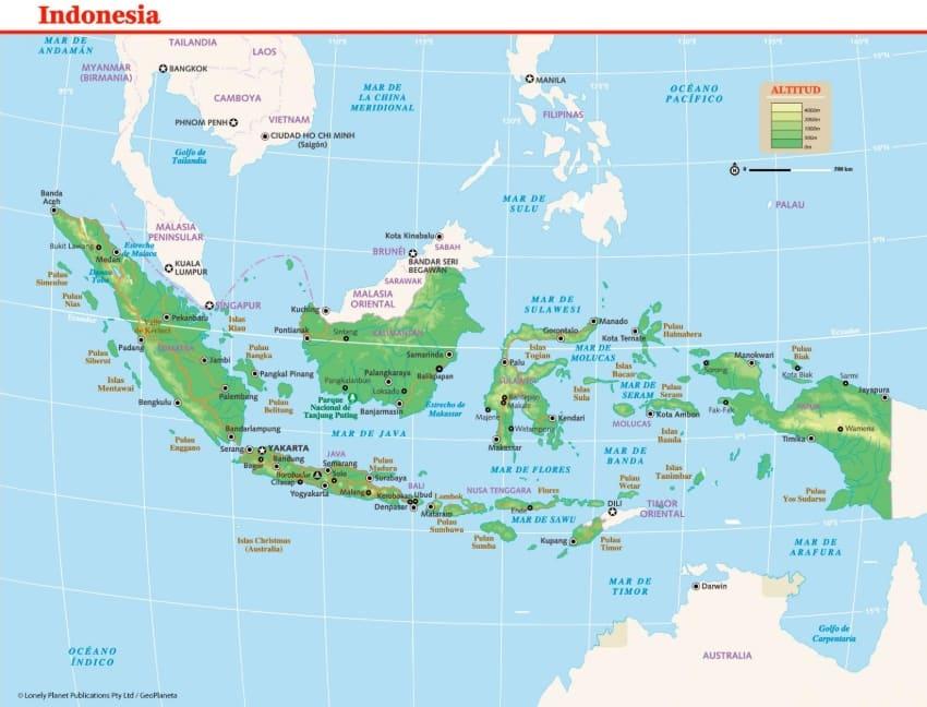 DAMPAK LETAK INDONESIA SECARA GEOGRAFIS PADA PERKEMBANGAN EKONOMI