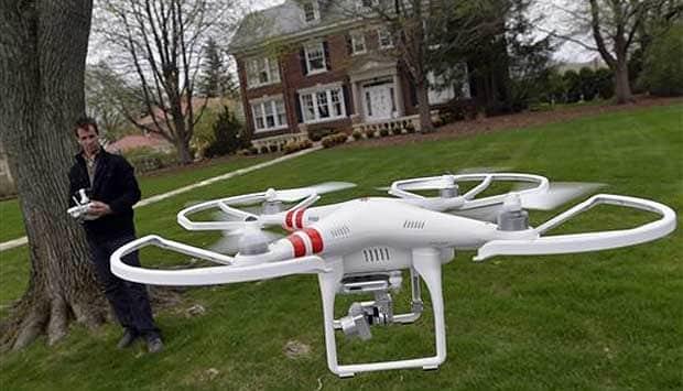 GAYA FOTO DENGAN DRONE