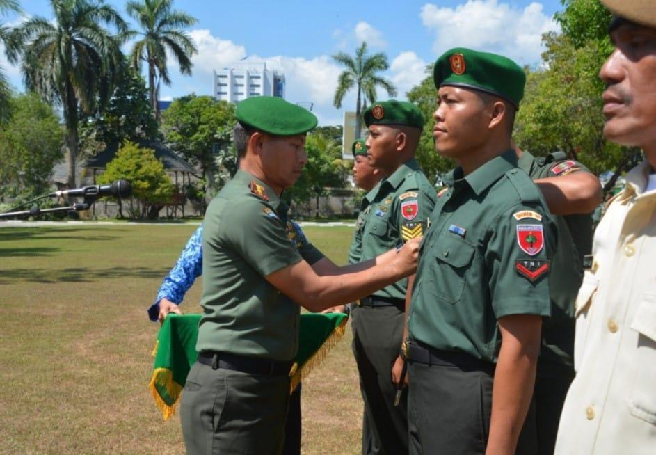 PERWIRA PERTAMA TNI ANGKATAN LAUT